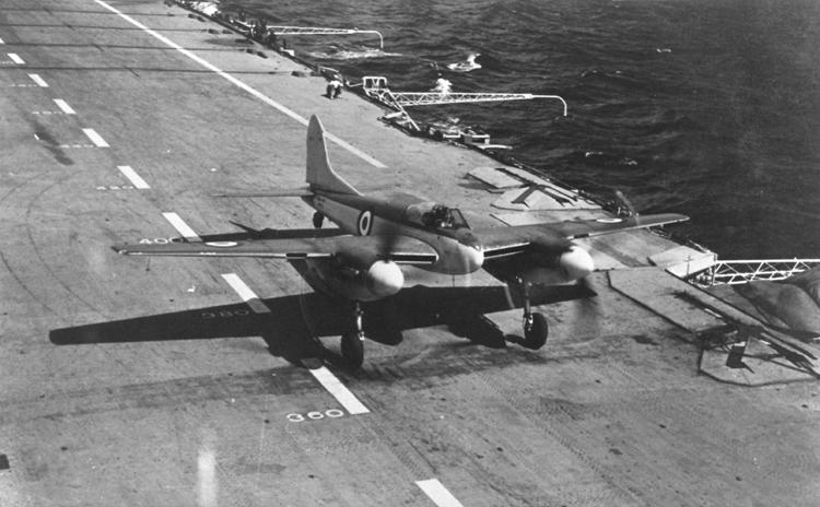 Sea hornet HMS Illustrius MWEditFt